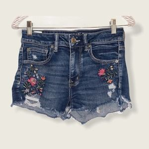 AE embroidered high rise shortie size 6